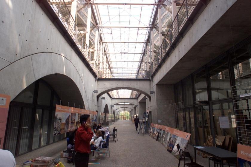 ECOLE D ARCHITECTURE A VX EN VELIN