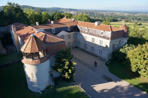 600__400__crop__~wp-content~uploads~noesit~medias~4795072~14-juillet-fete-du-chateau-chateau-de-goutelas-marcoux